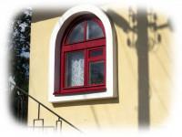 Арочные окна — роскошная изюминка любого дома + фото