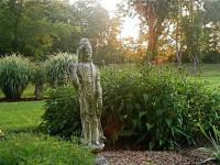Садовые фигуры для дачи и сада — актуальные, уникальные и уместные примеры + 94 фото