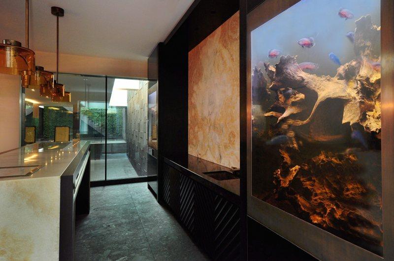 Akvariumyi v interere 21
