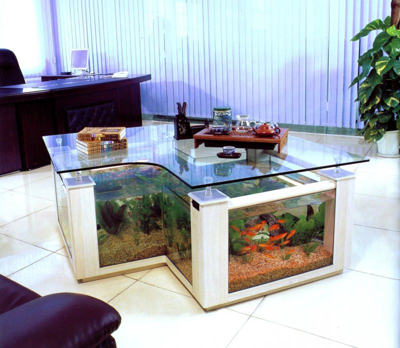 Akvariumyi v interere 29