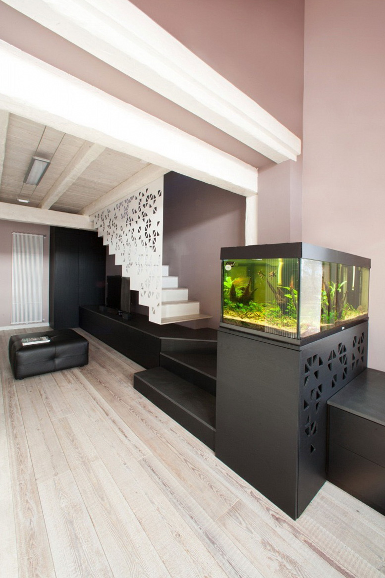Akvariumyi v interere 58