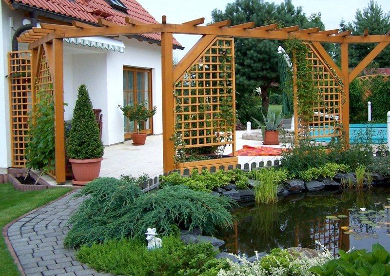 Arch in the garden 25