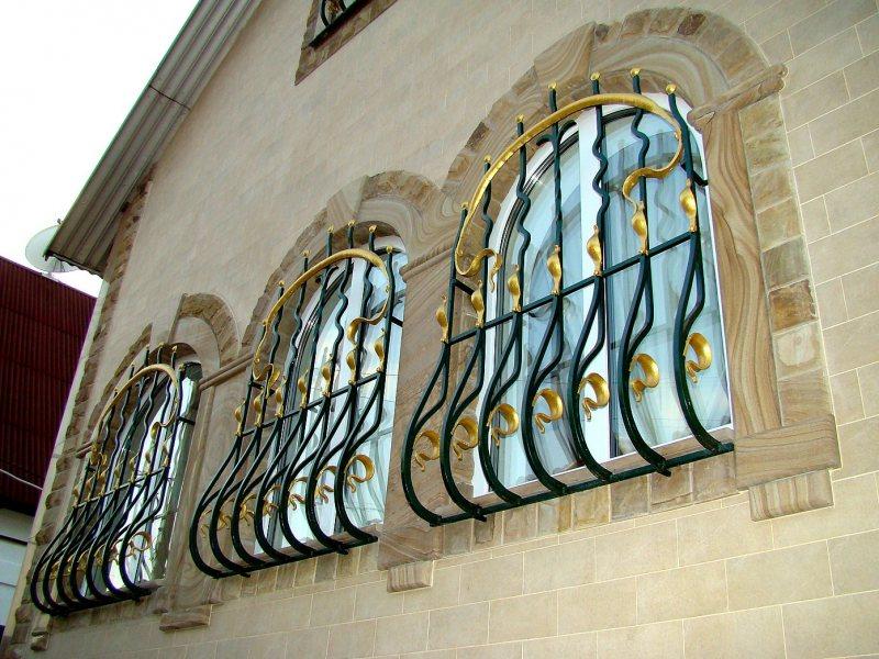 Arochnyie okna 1 5
