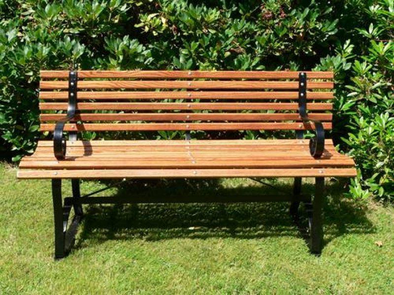 Garden benches 11