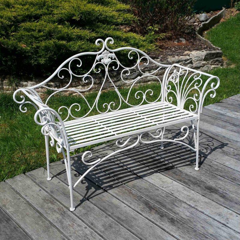 Garden benches 32