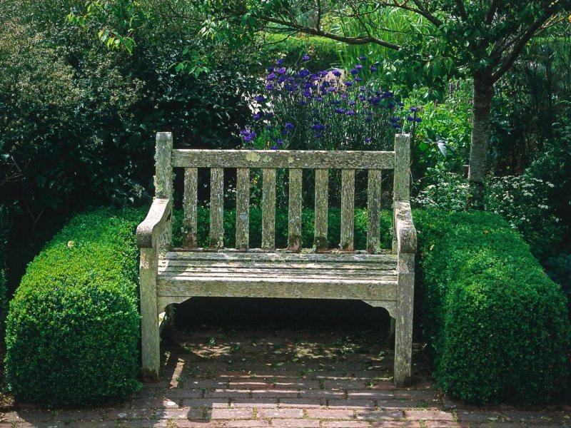 Garden benches 4