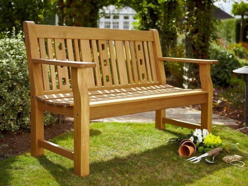 Garden benches 68