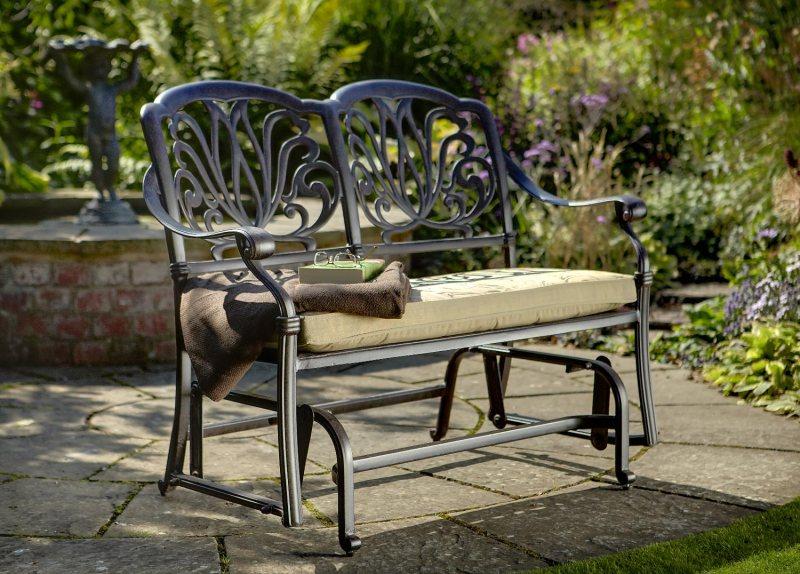 Garden benches 69