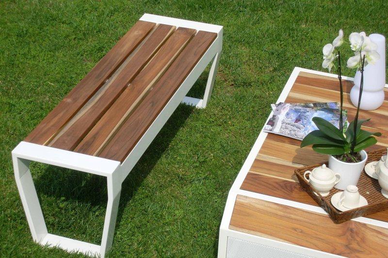 Garden benches 81