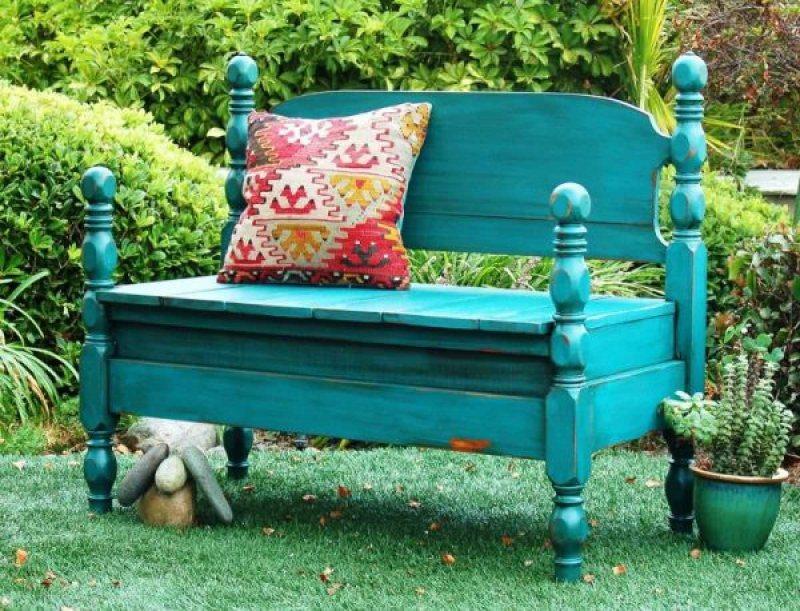 Garden benches 82