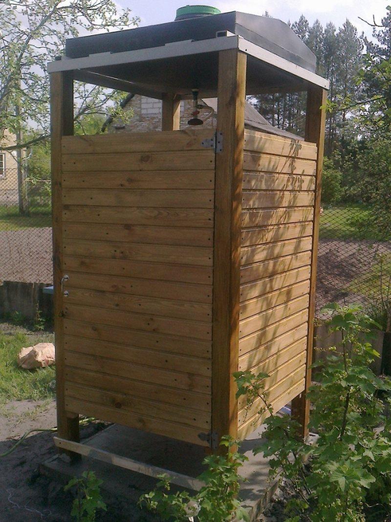 Летний душ для дачи из дерева своими руками фото