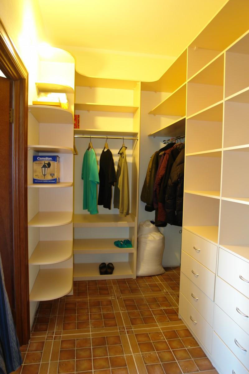 Дизайн гардеробной маленькой гардеробной комнаты