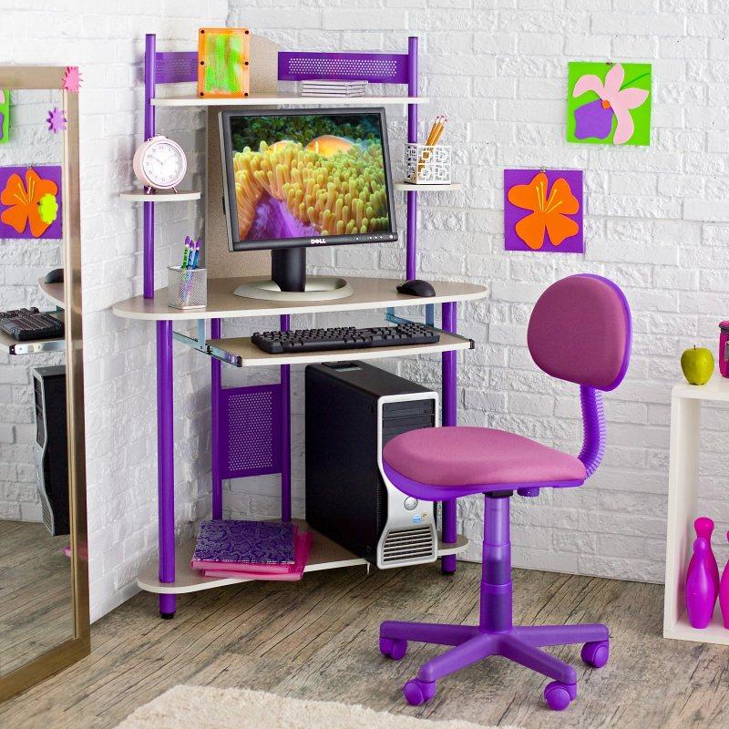 Kompyuternoe kreslo v interere 26