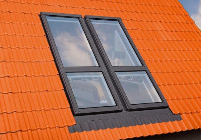 Мансардные окна - фото стандартных и автоматизированных совр.