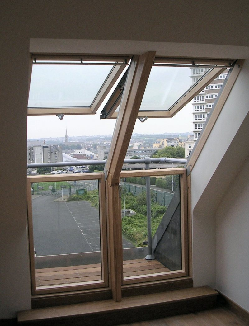 Mansardnyie okna 88