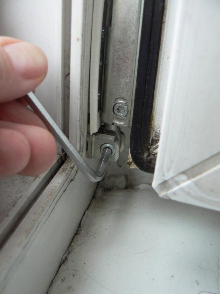 Регулировка пластикового окна - 97 фото устранения щелей пос.