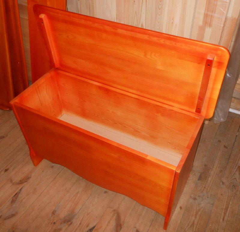 Скамья с ящиком для хранения своими руками