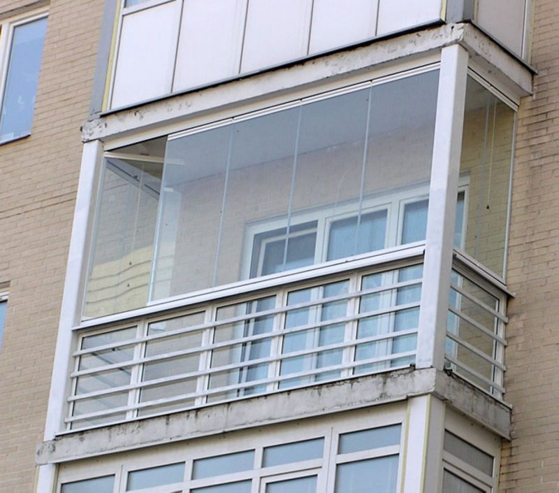 Ustanavlivaem balkonnyie ramyi 30