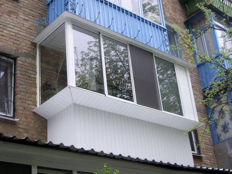 Ustanavlivaem balkonnyie ramyi 39
