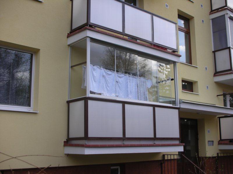 Ustanavlivaem balkonnyie ramyi 52