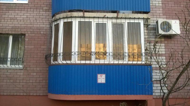 Ustanavlivaem balkonnyie ramyi 55