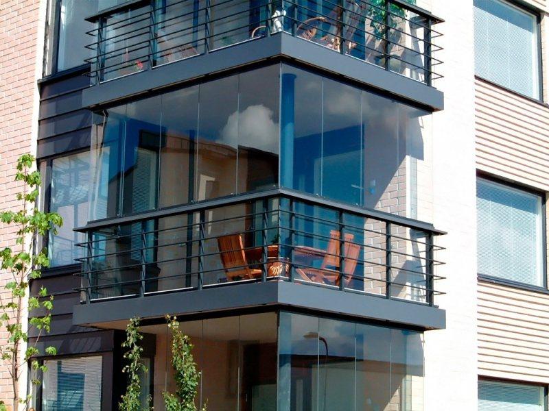 Ustanavlivaem balkonnyie ramyi 6 1