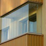 Ustanavlivaem balkonnyie ramyi 6