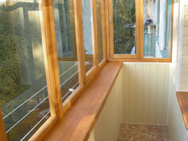 Ustanavlivaem balkonnyie ramyi 61