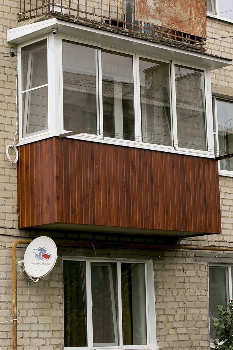 Ustanavlivaem balkonnyie ramyi 67