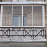 Ustanavlivaem balkonnyie ramyi 9