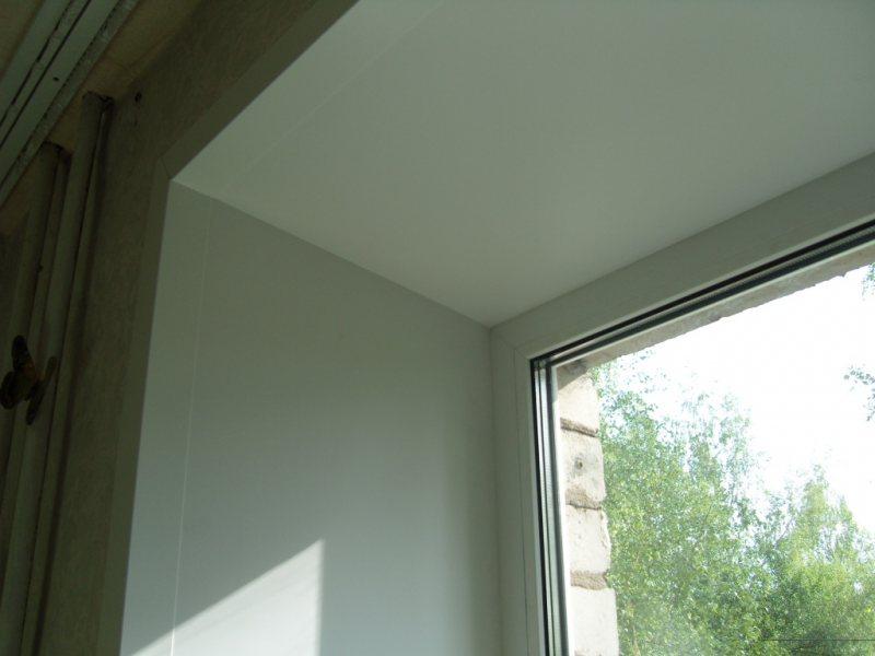 Ustanovka plastikovyih otkosov na okna 38