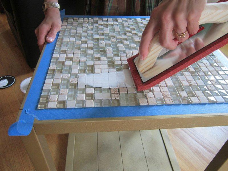 Как декорировать старый стол своими руками 146